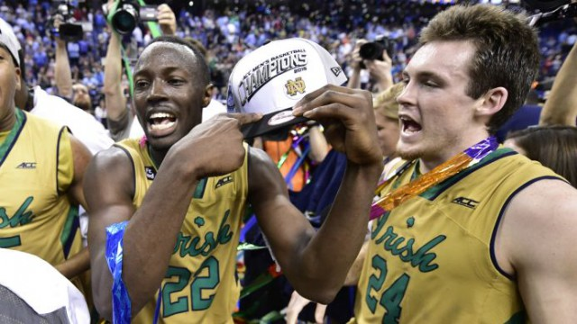 PI-CBK-Notre-Dame-Fighting-Irish-Jerian-Grant-Pat-Connaughton-031515.vresize.693.390.high.0